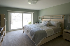 Amber Master Bed