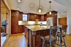 Kitchen Island & Hardwood Flooring